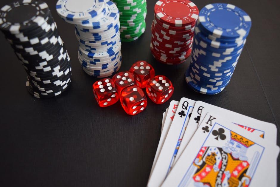 Comment jouer au poker en ligne ?